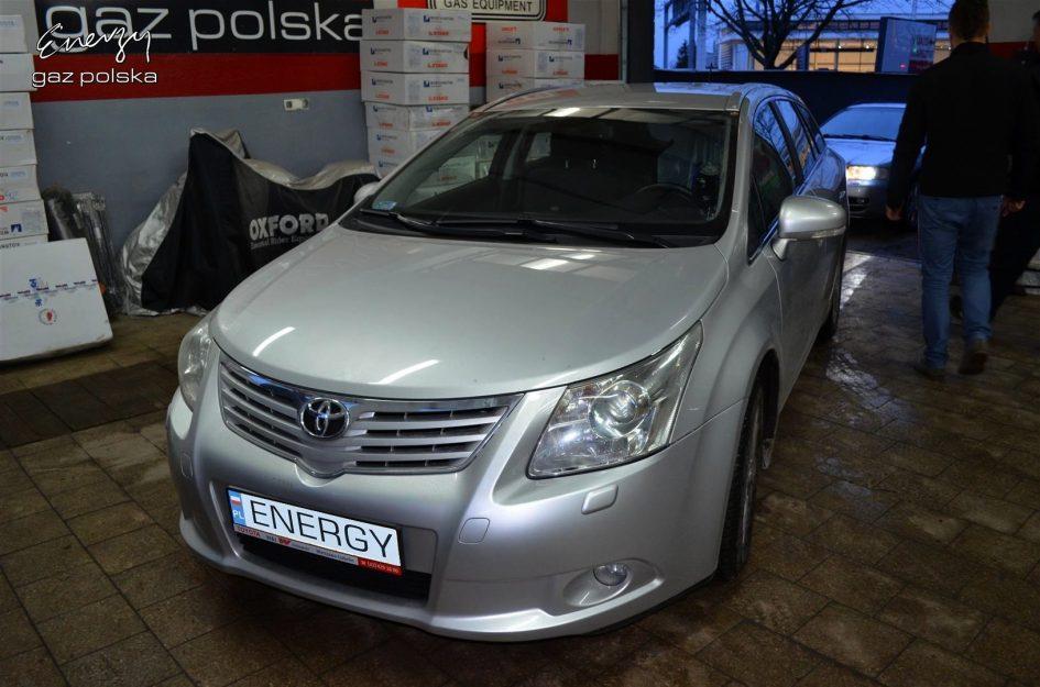 Toyota Avensis 1.8 2011r LPG
