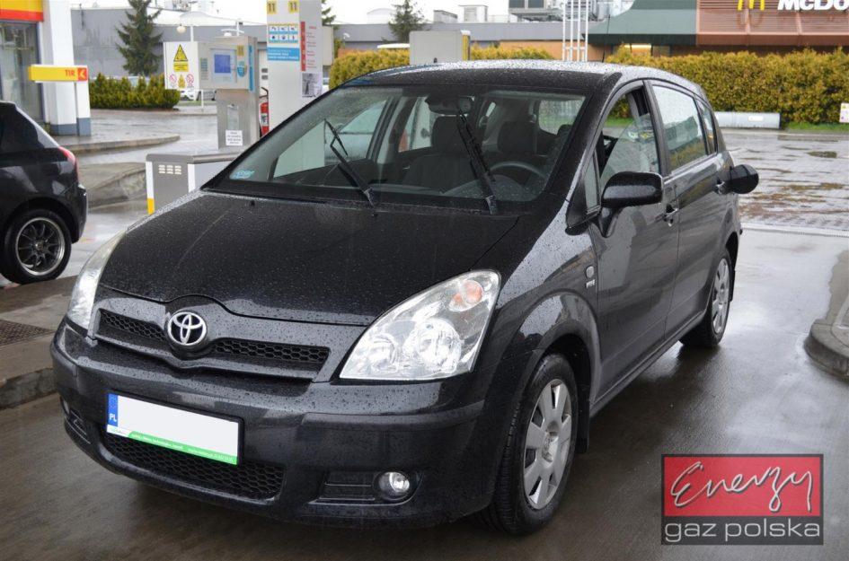 Toyota Corolla Verso 1.8 130KM 2005r LPG