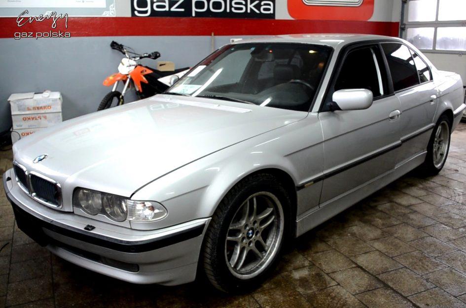 BMW 740 4.0 V8 2001r LPG