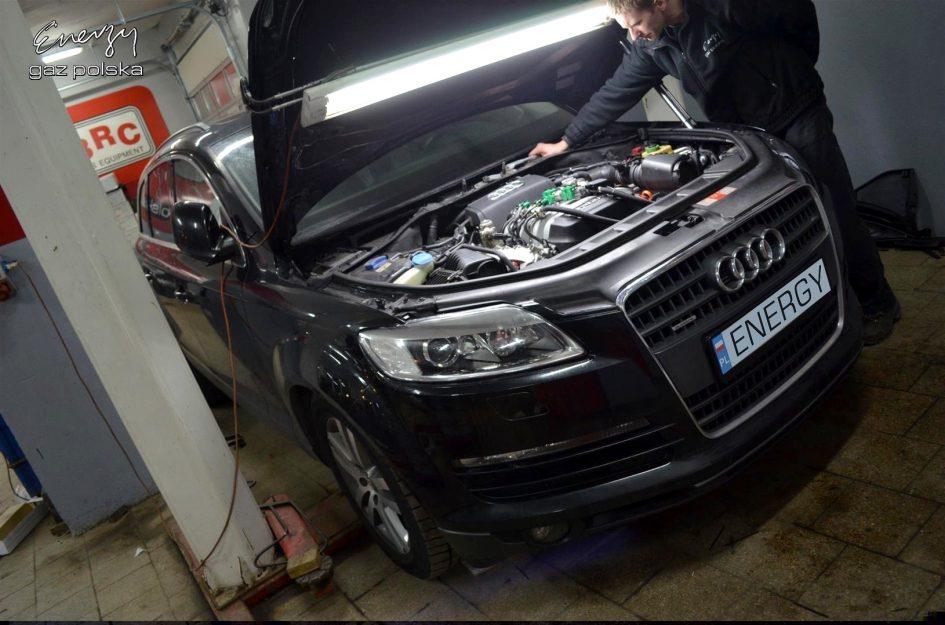 Audi Q7 4.2 V8 2006r LPG