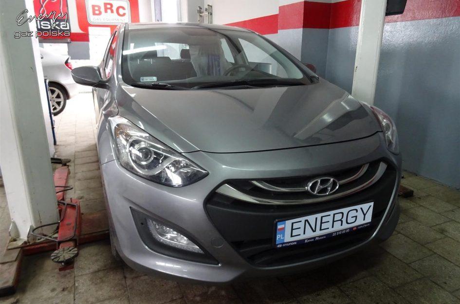 Hyundai i30 1.4 2012r LPG