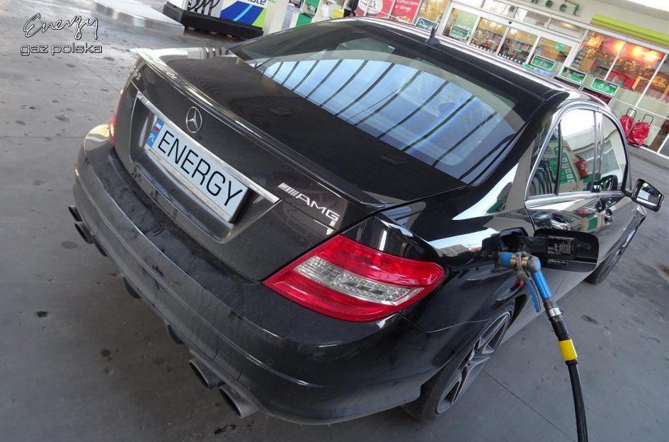 Mercedes C63 AMG 6.3 V8 457KM 2010r LPG