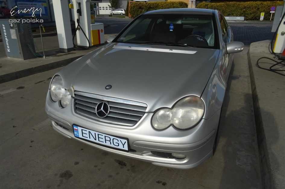 Mercedes C-Klasa 1.8 2003r LPG