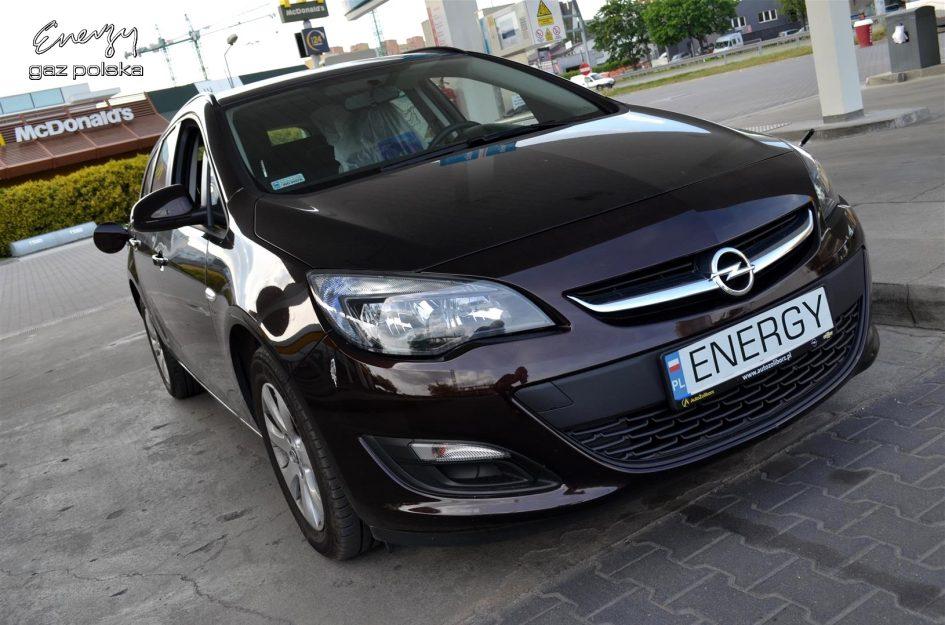 Opel Astra 1.4 120KM 2015r LPG
