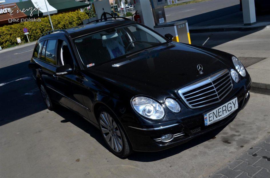 Mercedes E-Klasa E211 5.5 V8 2007r LPG