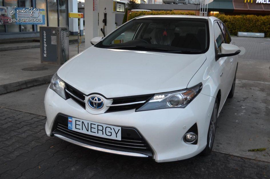 Toyota Auris 1.8 2013r LPG