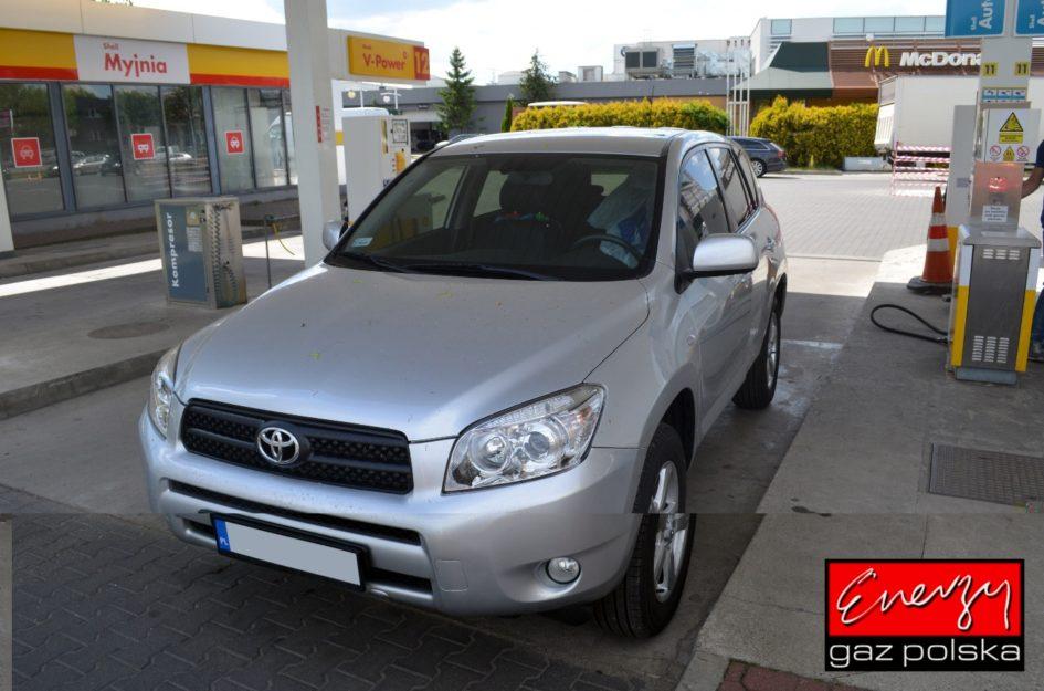 Toyota Rav4 2.0 152KM 2007r LPG