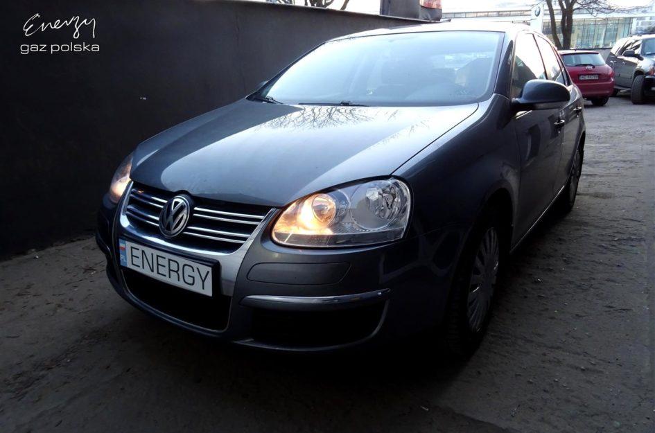 Volkswagen Jetta 1.6 FSI 2006r LPG
