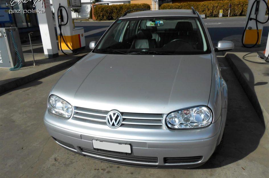 Volkswagen Golf 2.3 2009r LPG