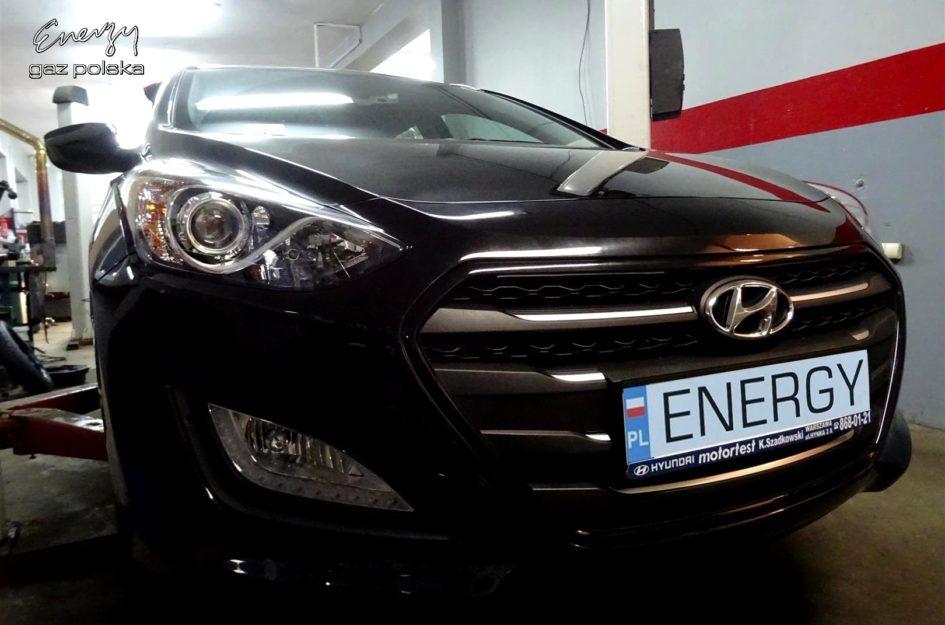 Hyundai i30 1.6 GDI 2015r LPG