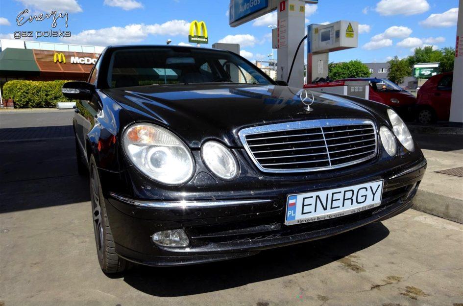 Mercedes E-Klasa 5.0 V8 2003r LPG