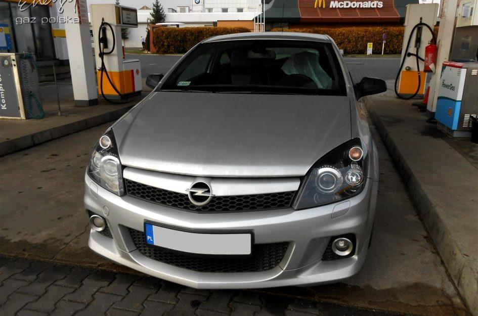 Opel Astra 2.0T 2007r LPG