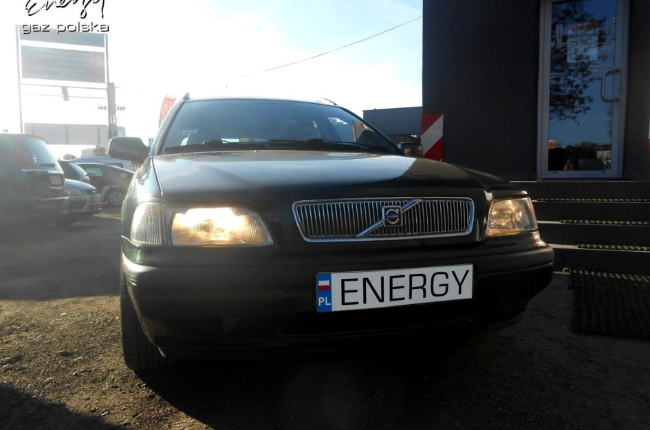 Volvo V40 1.8 1997r LPG