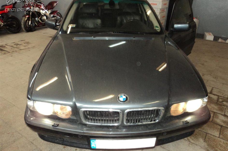 BMW 740i 4.4 V8 LPG