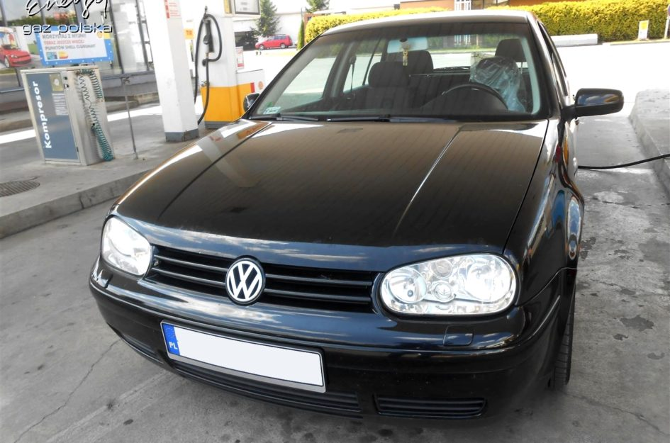 Volkswagen Golf 2.0 2002r LPG
