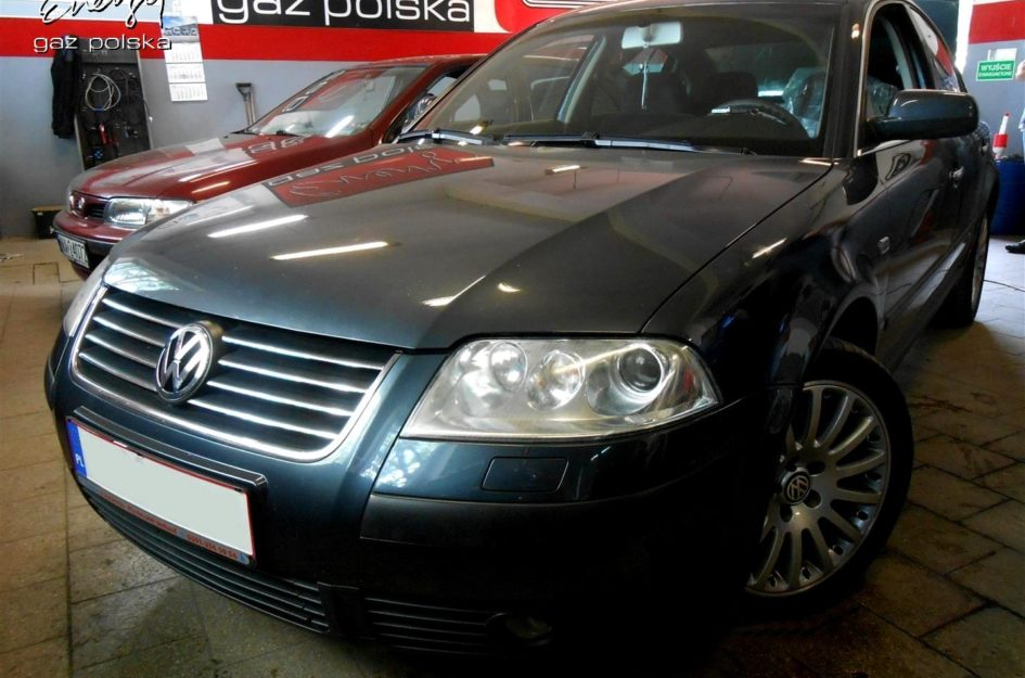 Volkswagen Passat 2.0 2002r LPG