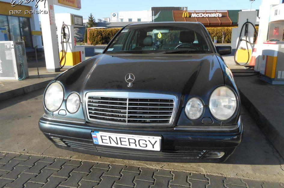 Mercedes E-klasa 2.8 V6 1997r LPG
