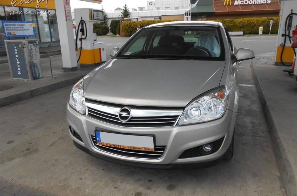 Opel Astra 1.4 2009r LPG