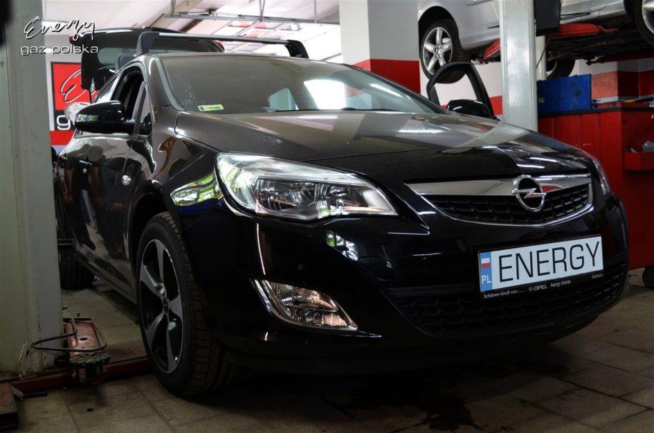 Opel Astra 1.6 2011r LPG