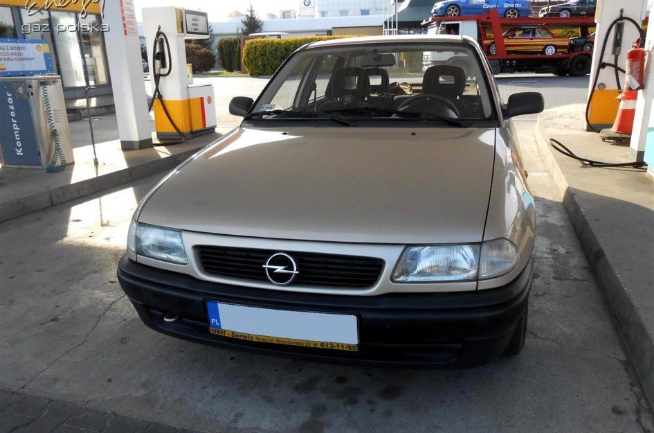 Opel Astra 1.6 1999r LPG
