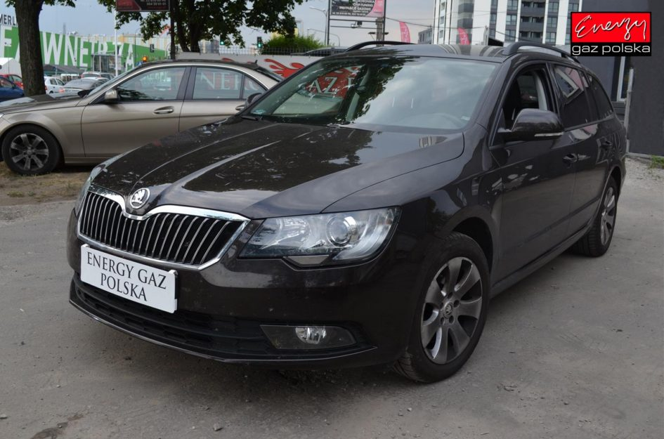 SKODA SUPERB 1.8 160KM 2015R LPG