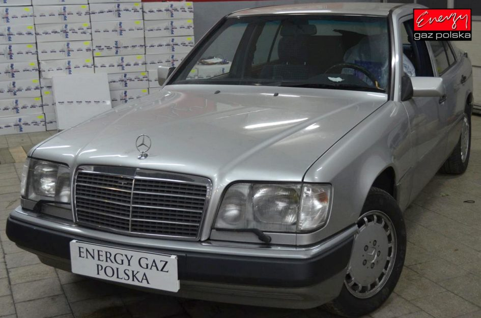 MERCEDES W124 3.2 220KM 1993R LPG
