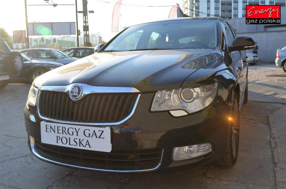 SKODA SUPERB 3.6 260KM 2008R LPG
