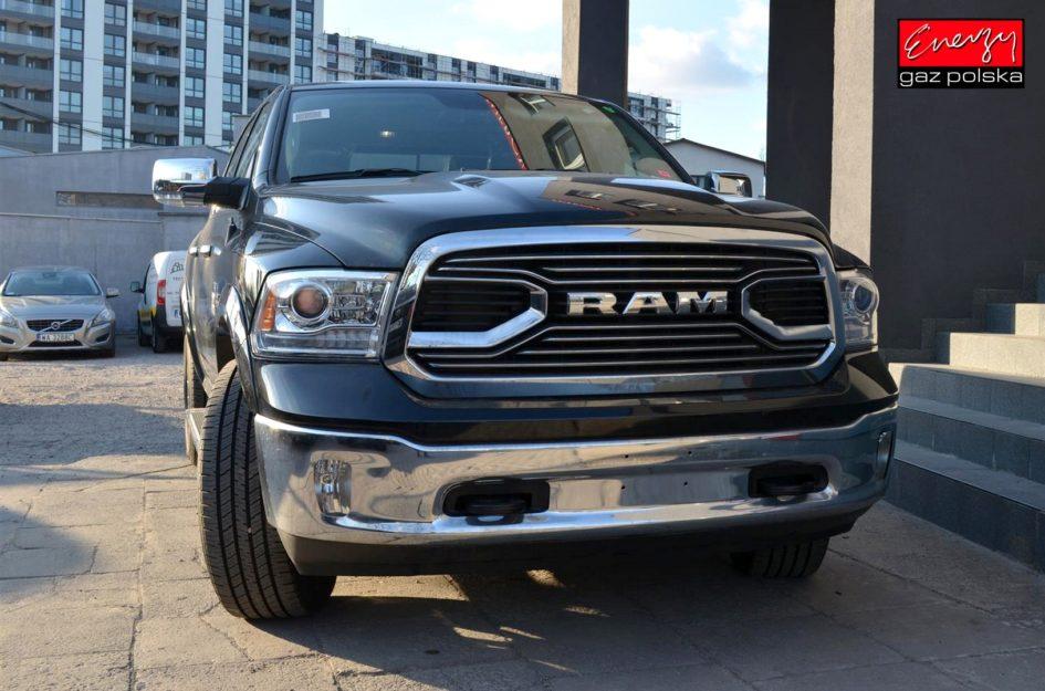 DODGE RAM 5.7 HEMI V8 390KM 2018R LPG