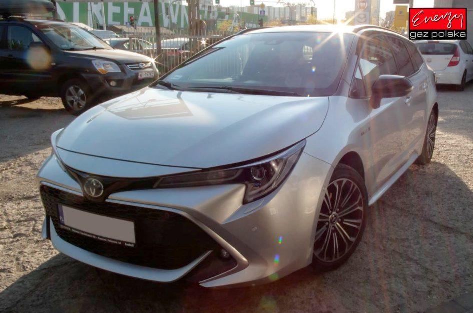 Toyota Corolla 1.8 122KM 2019R LPG