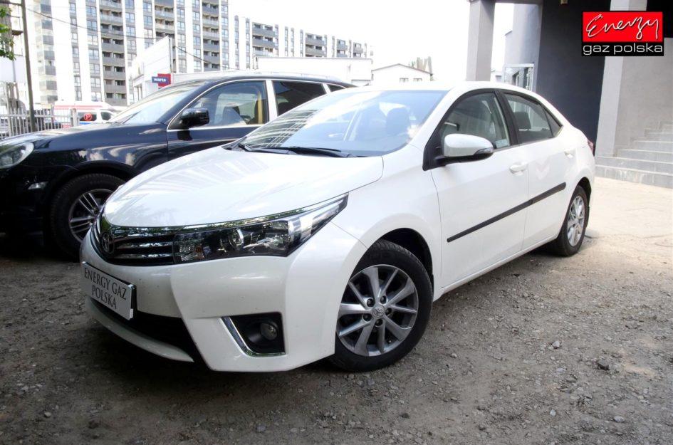 Toyota Corolla 1.6 132KM 2015R LPG