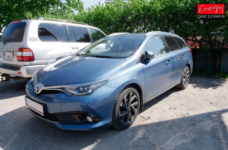 Toyota Auris 1.6 132KM 2016r LPG