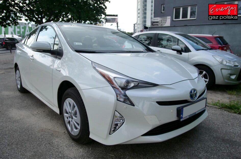 Toyota Prius IV 1.8 122KM 2017R LPG