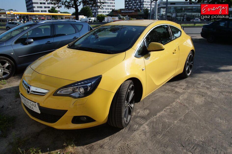 Opel Astra 1.6 180KM 2012R LPG