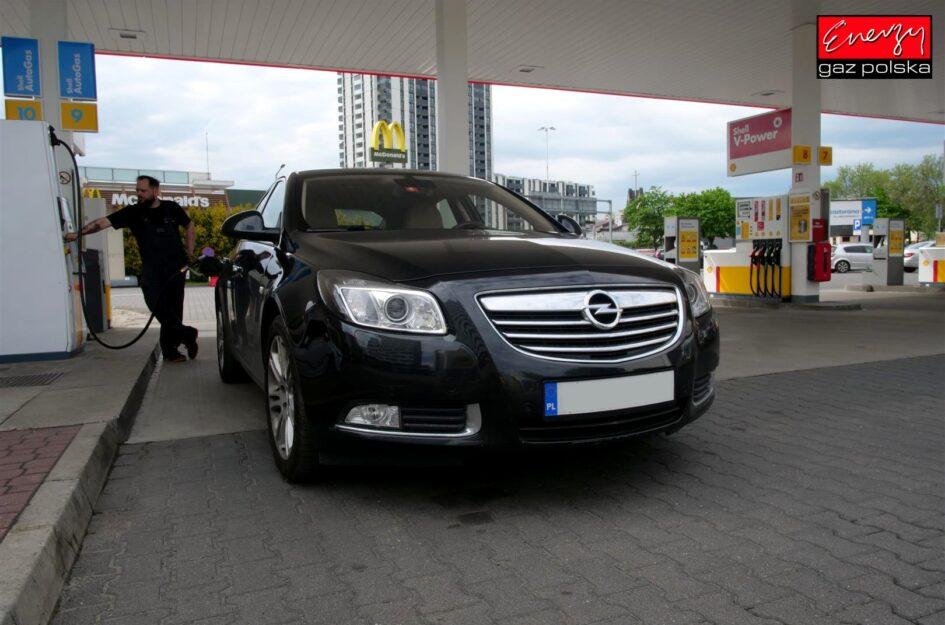 Opel Insignia 1.6T 180KM 2011r LPG