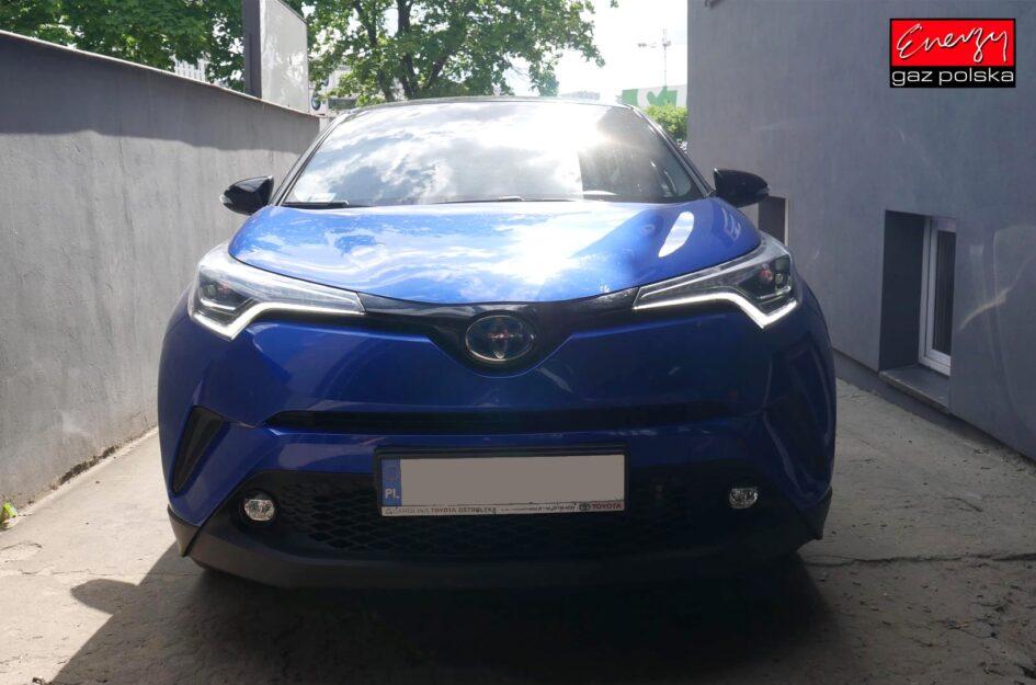 Toyota C-HR 1.8 136KM 2016r